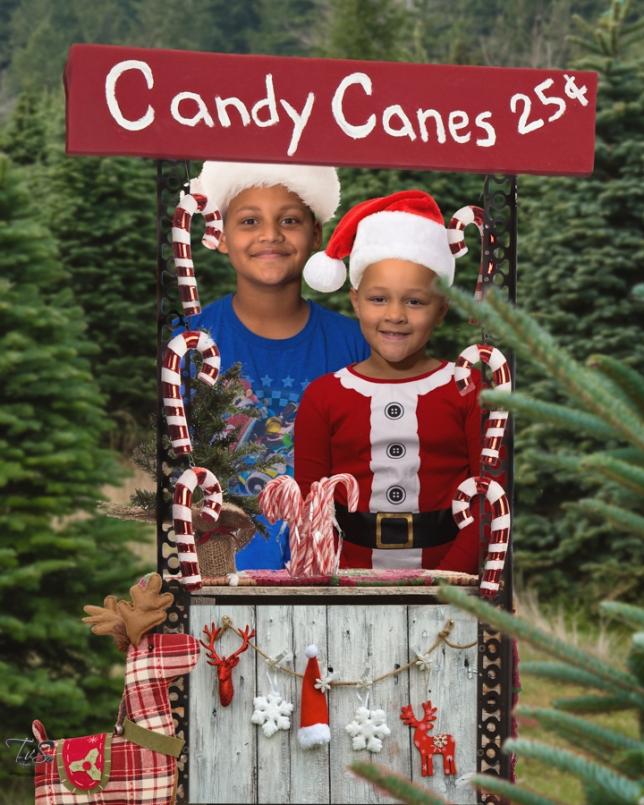 20171203-8x10 Candy Cane Stand Scarlettwyatt2